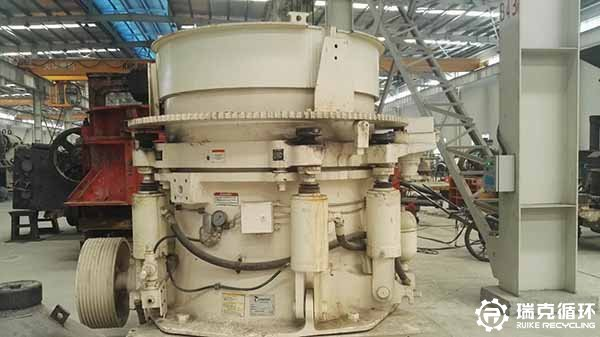 出售二手美卓HP4液压多缸圆锥破碎机