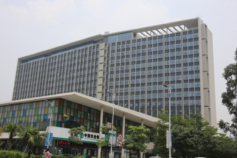 万盛区门窗幕墙设计施工__万盛外墙改造翻新_重庆航鸿幕墙公司
